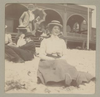 Photograph Album Belonging to Francis Coulter, a Young Socialite in Los Angeles, c. 1899.